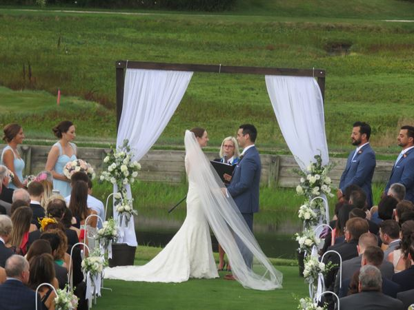 Weddings By Design (Professional Wedding Officiant)