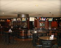 Hollanders Pub and Grill