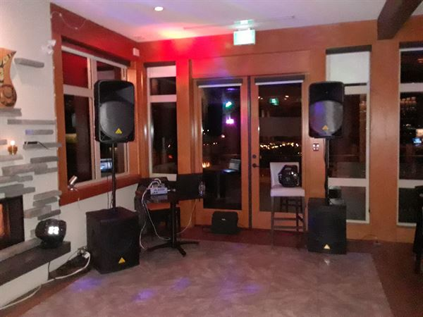 F and P Entertainment (Disc-Jockey Services)