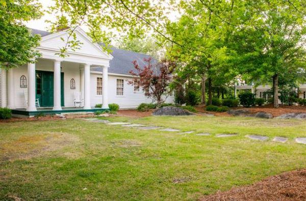 Auburn Oaks Farm
