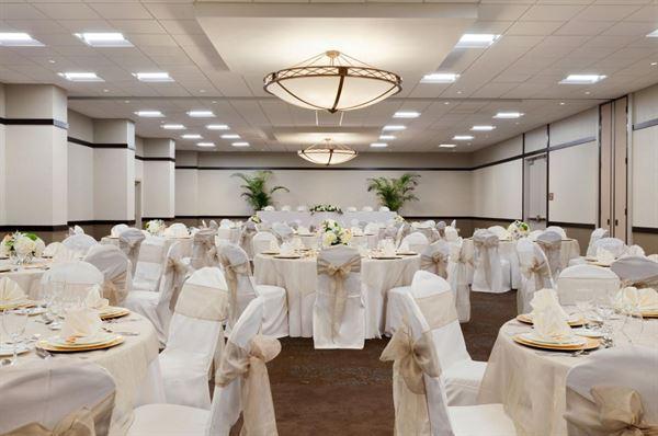 Embassy Suites By Hilton Jacksonville Baymeadows Jacksonville Fl