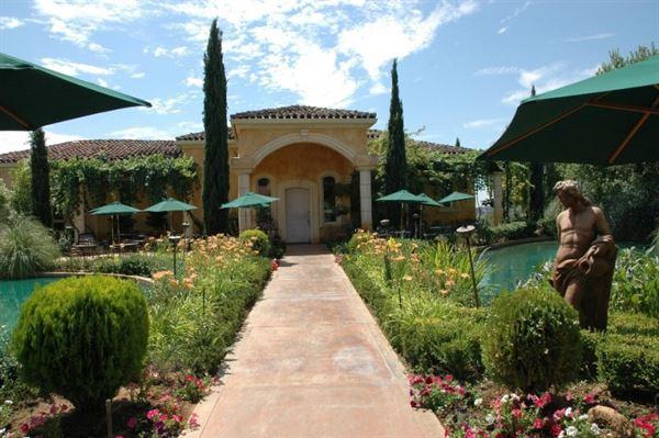 Villa Toscano Winery