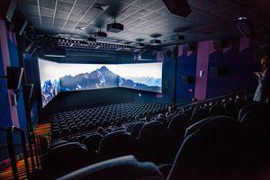 Regal Cinemas L.A. LIVE Stadium 14
