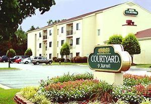 Courtyard Fayetteville