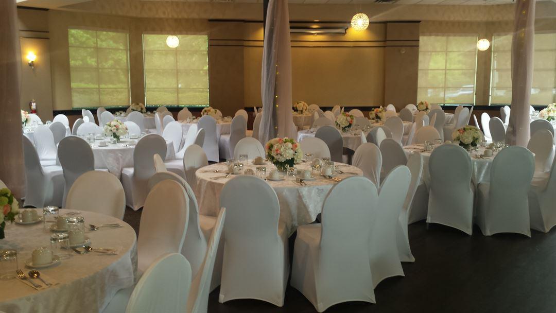 Coyote Creek Surrey Bc Wedding Venue