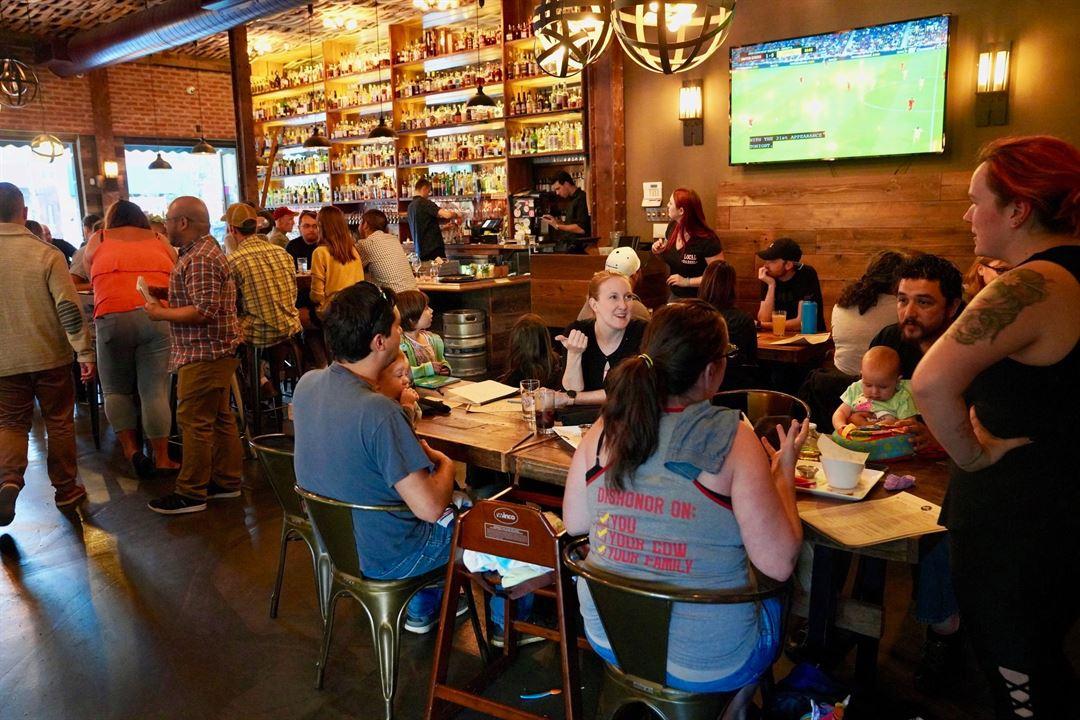 Beer Baron Bar Kitchen Santa Rosa Ca Party Venue