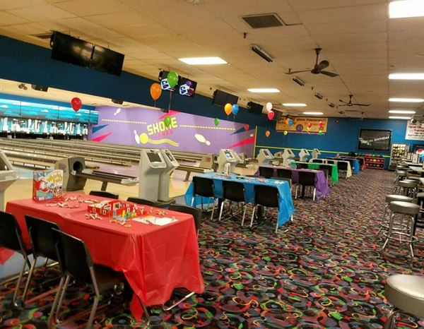 Pleasant Party Venues In Taylor Mi 120 Venues Pricing Download Free Architecture Designs Viewormadebymaigaardcom