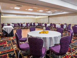 The Hawthorne Inn & Conference Center