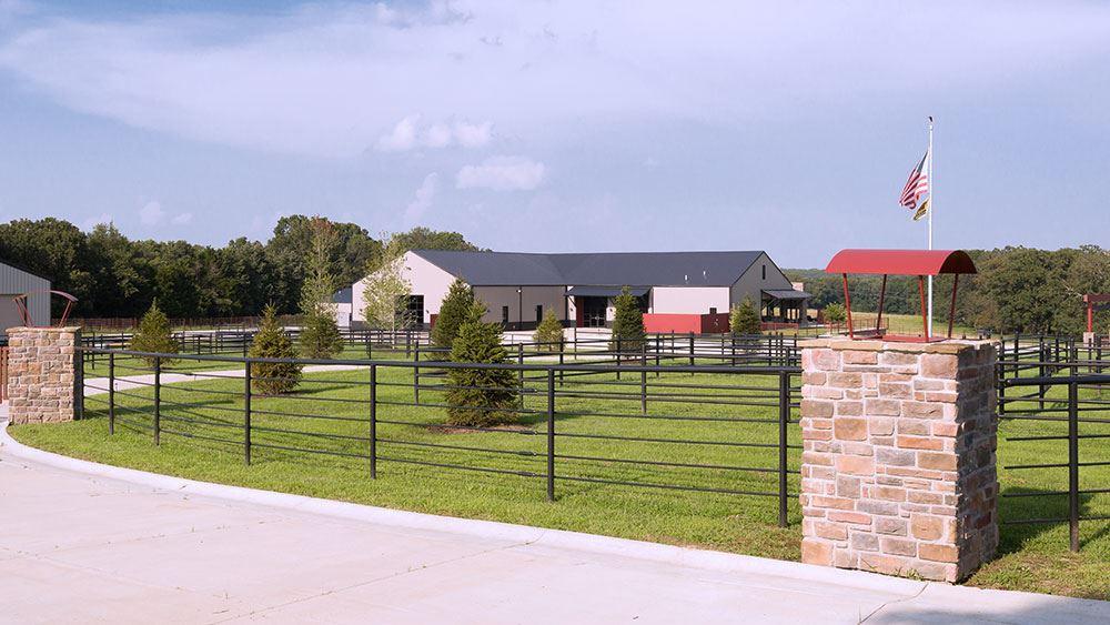 Seven T Farms Sullivan Mo Wedding Venue
