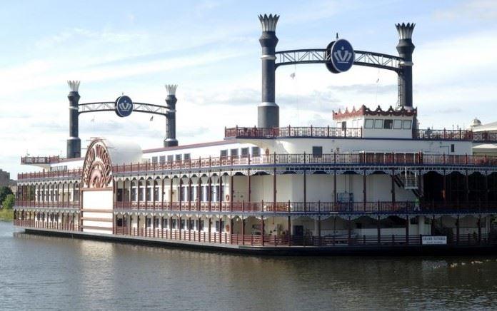 Riverboat casino elgin il land for sale casino nsw