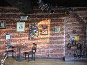 Mendonesia Cafe