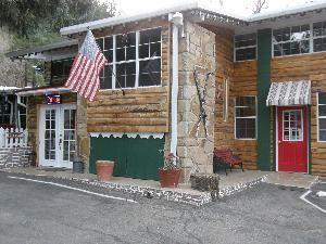 Sitzmark Chalet Inn