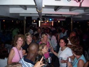 Public Dance Cruises