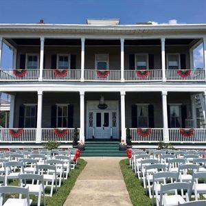The Historic Boxwood Inn