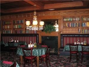 O'Henry's Restaurant/Squire's Pub