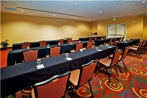 La Quinta Inn and Suites Conference Center