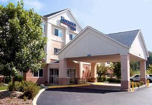 Fairfield Inn Warren Niles Hotel Oh From 100 Hotelsharbor