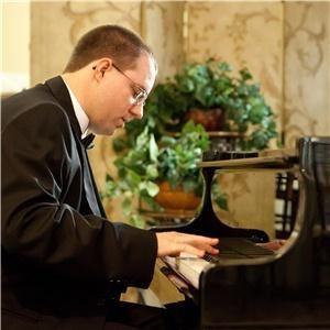 Eric Redmond, Pianist/Vocalist