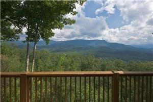 The Gatlinburg Lodge at SmokyMountainViews Cabin Rental