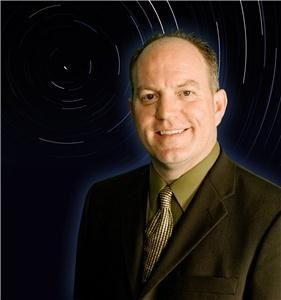 Hypnotist Doug MacCraw