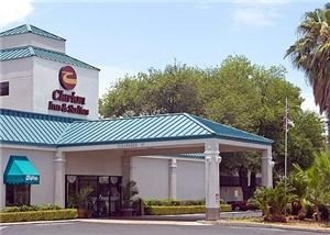 Clarion Inn & Suites Near Fort Sam Houston