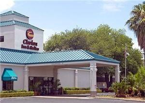 Clarion Inn & Suites Near Fort Sam Houston