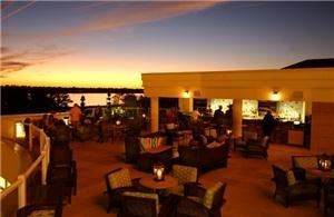 Aqua Terrace Lounge