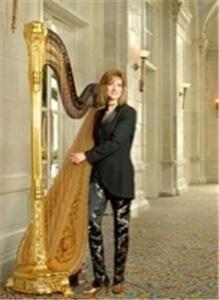 Harpist Phyllis Sparks