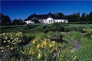 Kingsbrae Garden & Café