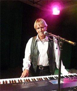 Genuine Entertainment/Dog and Pony Show/JM Piano Bar