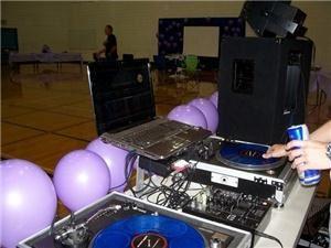 DJ Gruvemonkey