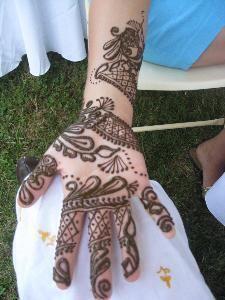 Jawaheraat...Henna Tattoo
