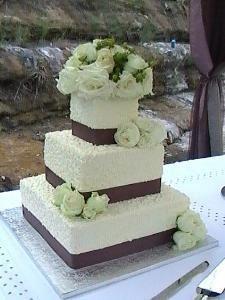 Cakes Divine