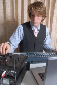Vitamin C DJ Service