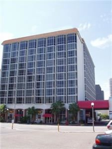 Bayfront Plaza Hotel & Convention Center