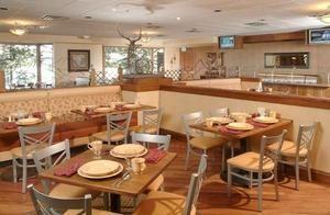 LongZ - A Mountain Grill & Lounge