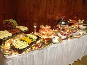 Creative Cuisine Caterer