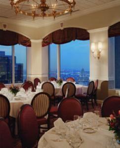 Downtown Club - Harbor Suite