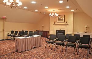 Commonwealth Room