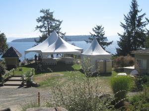 In-Tents Rentals